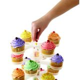 Moderný stojan na cupcake - nastaviteľný počet